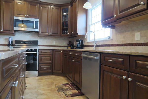 Kitchen (203)