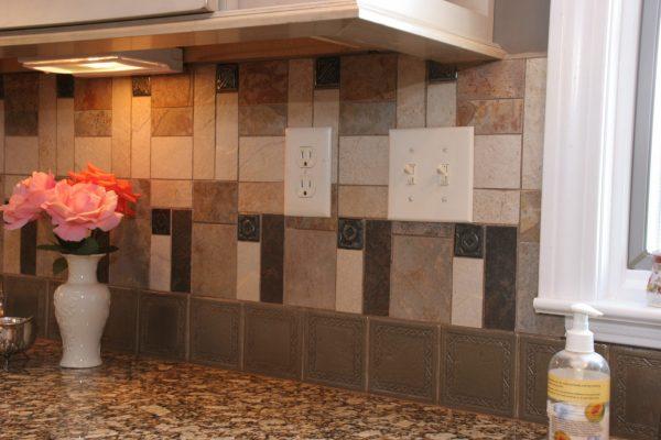 Traditional Pinstripe Kitchen